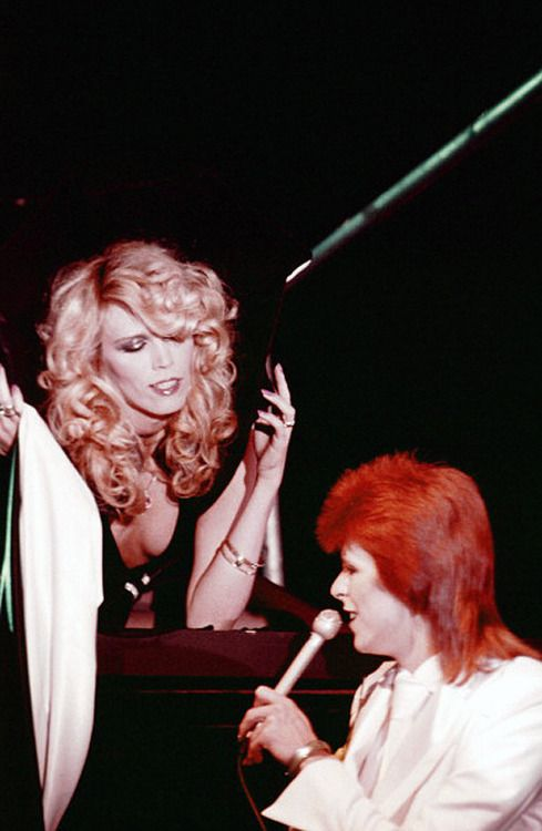 DAVID BOWIE WITH AMANDA LEAR DURING LAST SHOW AS ZIGGY STARDUST THE MARQUEE CLUB LONDON PHOTO BY NNBC NBC UNIVERSAL GETTY OCTOBER 18 20 1973