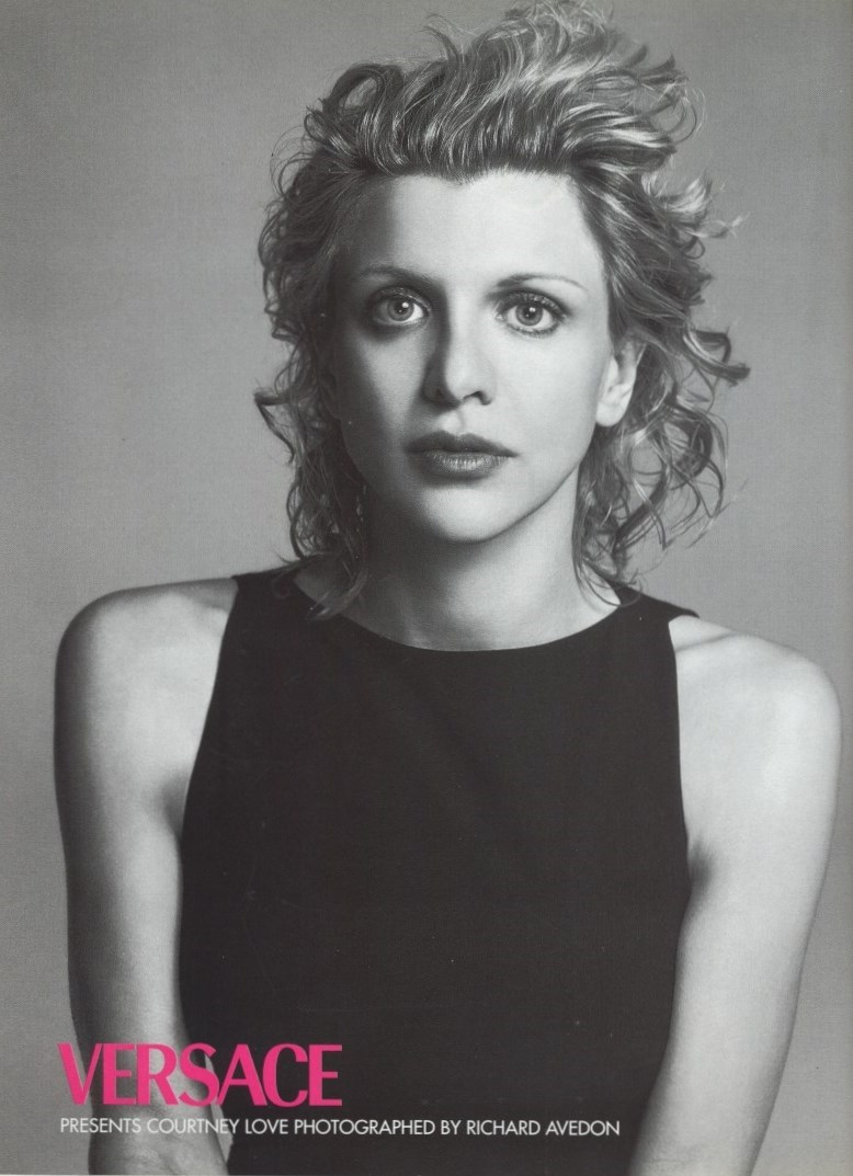 courtney love-photography-richard avedon-versace-ad campaign-vogue italia n.572-april 1998
