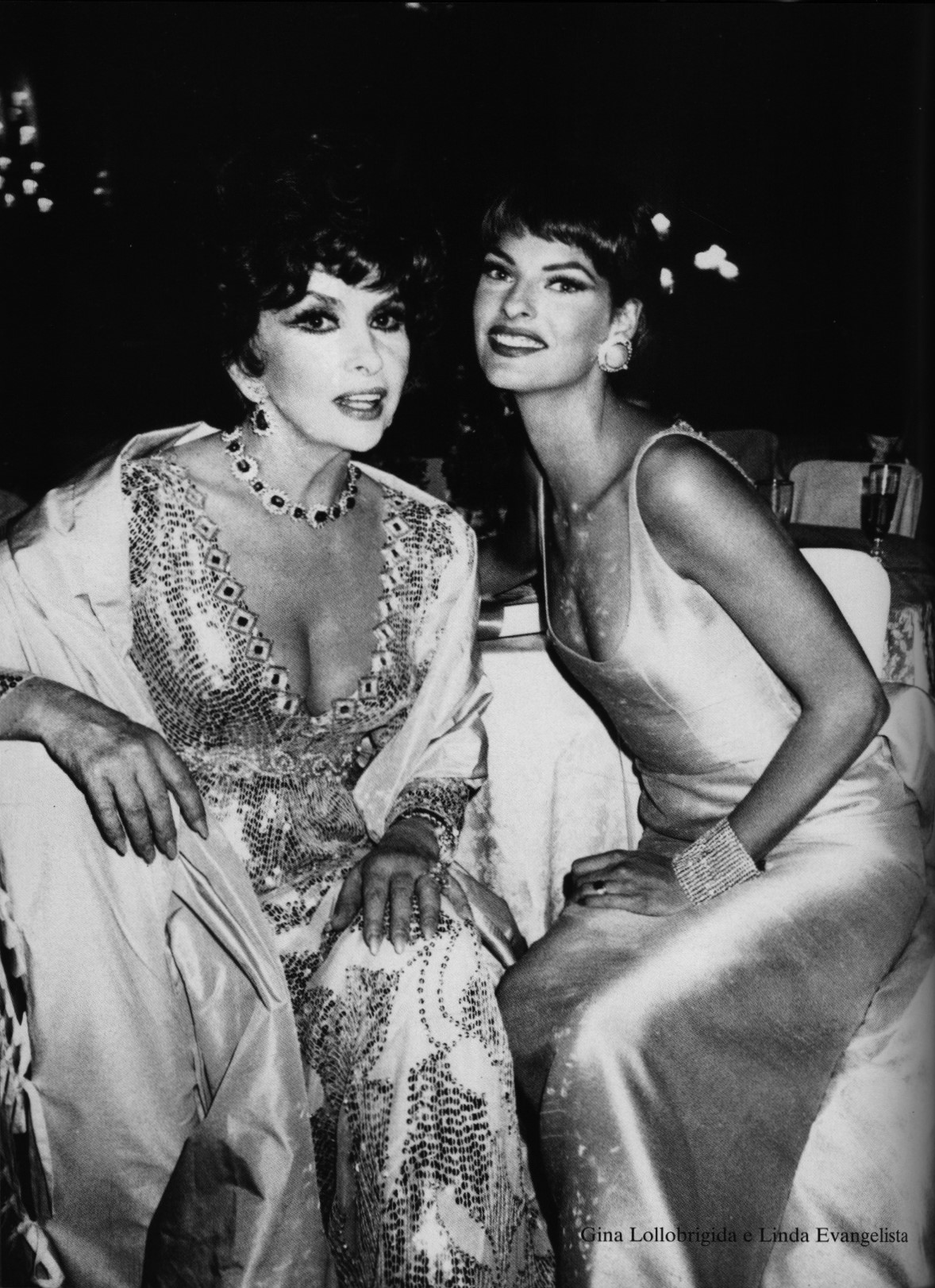 gina lolllobrigida and linda evangelista photography roxanne lowit vogue gioiello september 2000