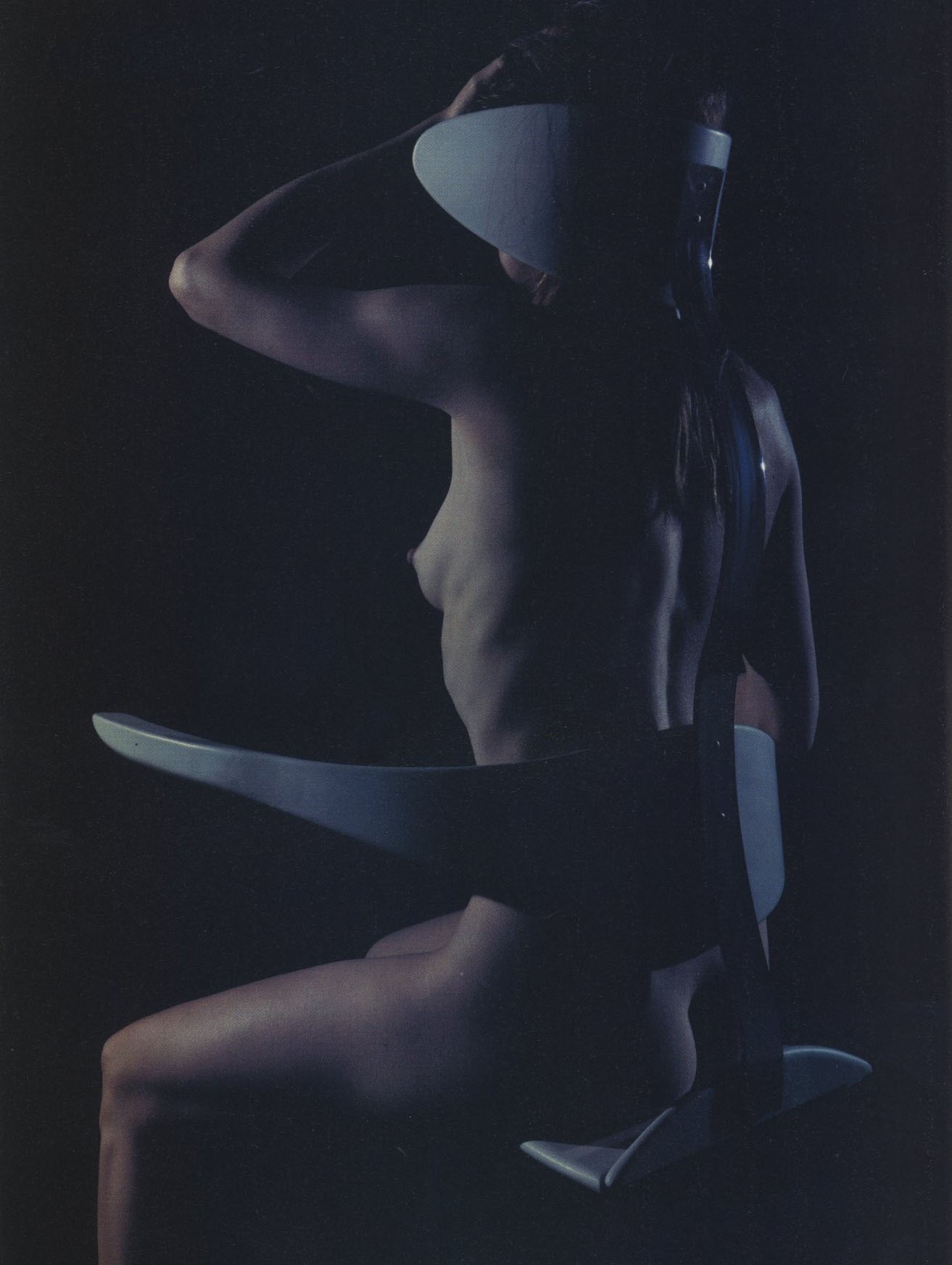 environmental chair hussein chalayan photography mario sorrenti styling jane how id the kinetic issue no 184 march 1999
