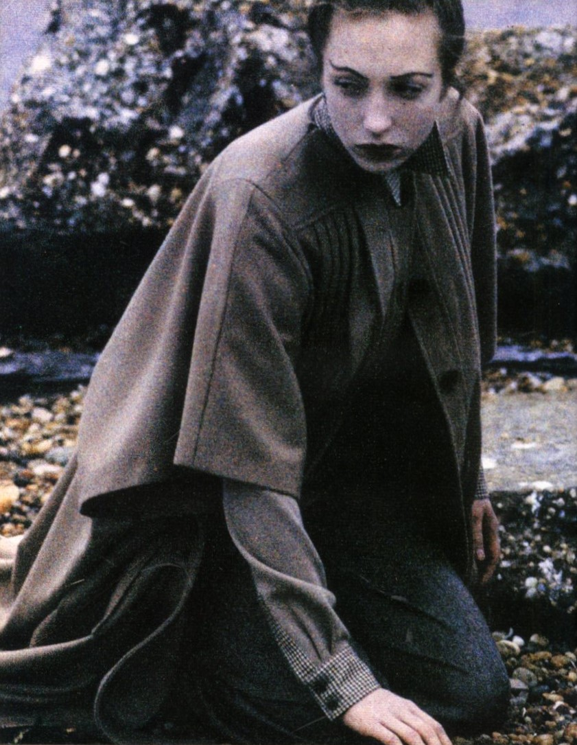 veronique branquinho photography deborah turbeville nova november 2000 1