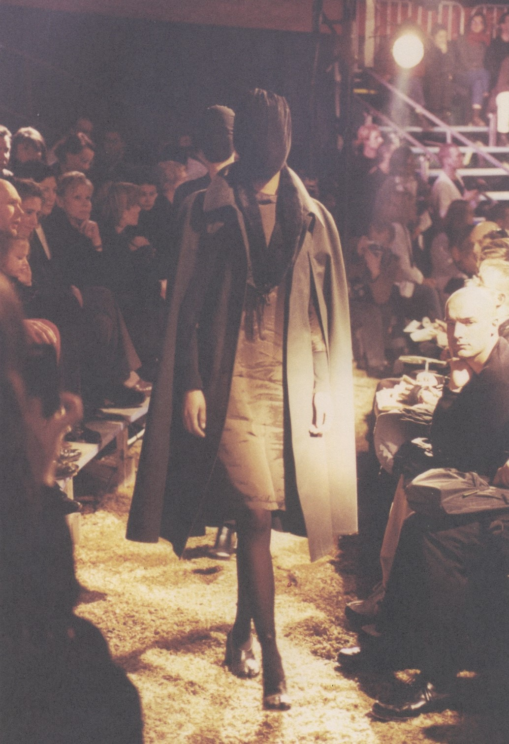 ronald stoops maison martin margiela fashion show bois de boulogne paris fall winter 1995 1996
