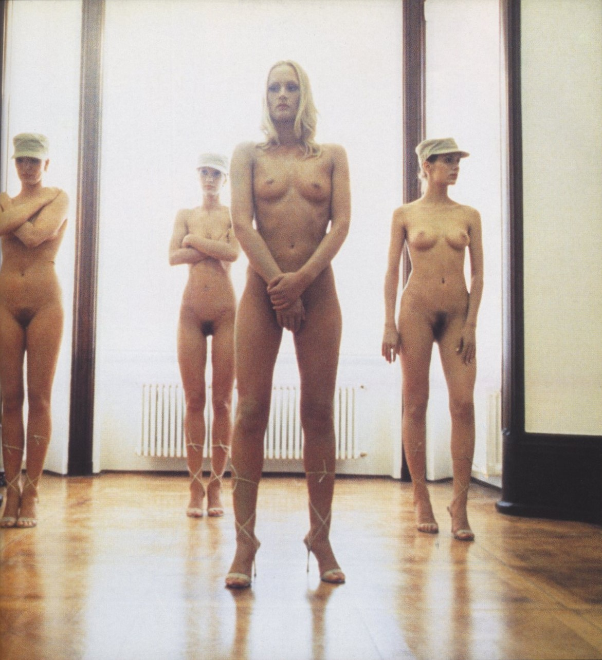 vanessa beecroft performance 1998 photography annika larsson flash art n 213 december 1998 january 1999