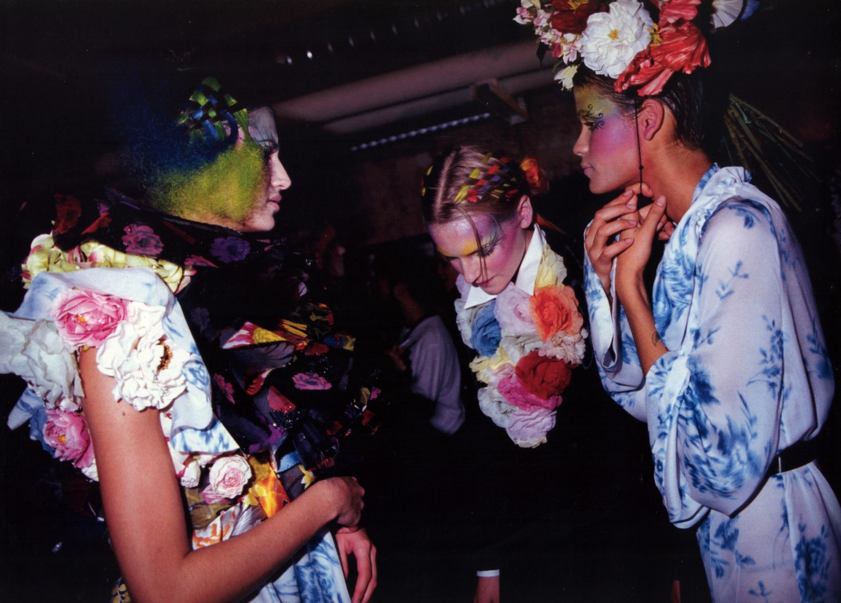 viktor and rolf backstage photography roxanne lowit v magazine 22 march april 2003