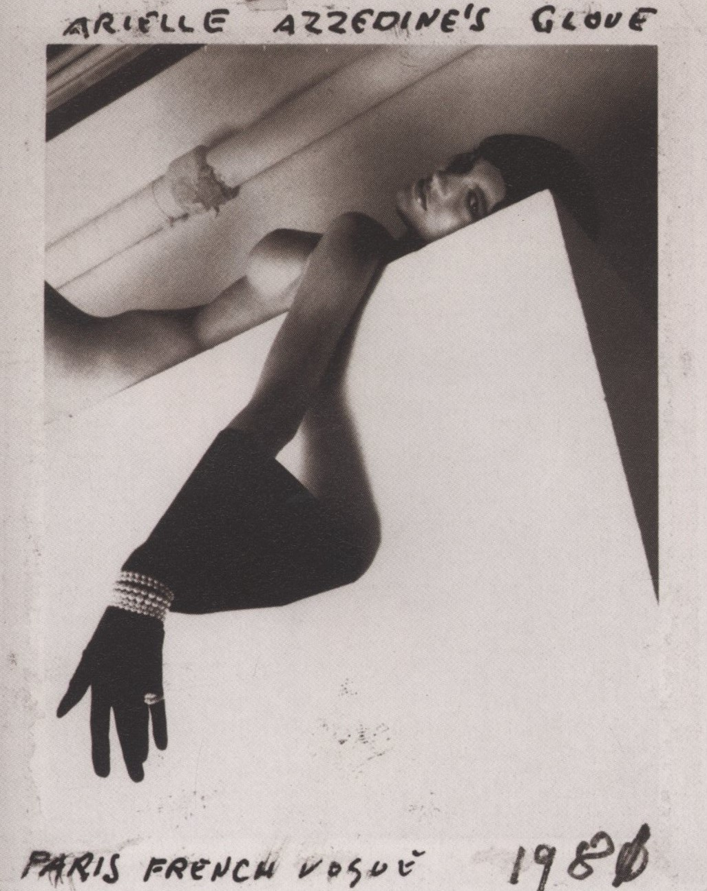 AZZEDINE ALAIA PHOTOGRAPHY HELMUT NEWTON HELMUT NEWTON POLA WOMEN, MUNICH/PARIS/LONDON | SCHIRMER/MOSEL 2000